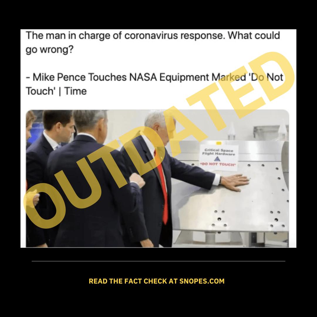 Mike Pence toca la máquina de la NASA con el signo de no tocar