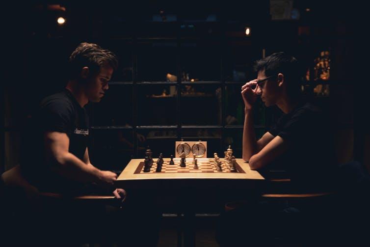 ¿Por qué las blancas siempre van primero en el ajedrez?